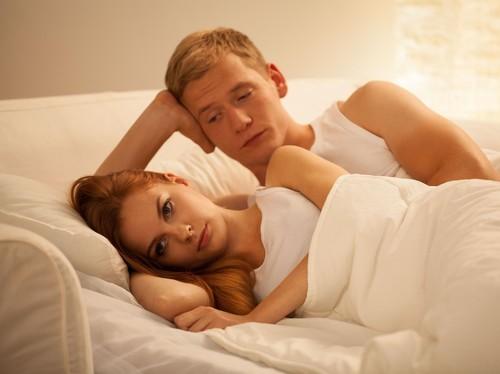 5 Kebiasaan Sepele yang Bisa Menghilangkan Gairah Bercinta Anda