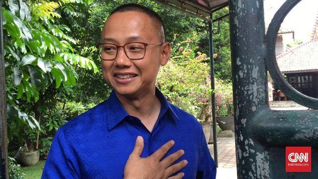 Sikap Gamang Sekjen PAN di Kubu Prabowo atau Jokowi