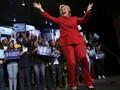 Pantsuit, Fesyen Wajib Clinton saat Melawan Trump