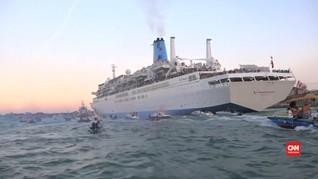 Dianggap Merusak Lingkungan, Kapal Pesiar Didemo