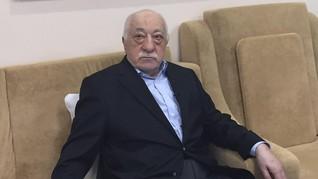 Trump Bantah Berencana Mengekstradisi Fethullah Gulen
