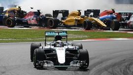 Bos Red Bull Prediksi Mercedes Juara F1 2017