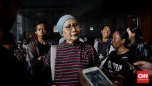 Ratna Ditangkap Sesaat Sebelum Pesawat Lepas Landas ke Chile