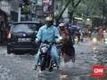 Aman Berkendara Saat Musim Hujan