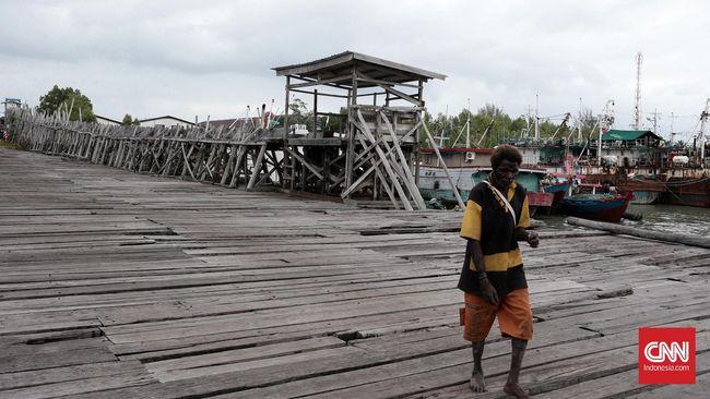 Distrik Ilwayab, 'Surga' Nelayan yang Mati Perlahan