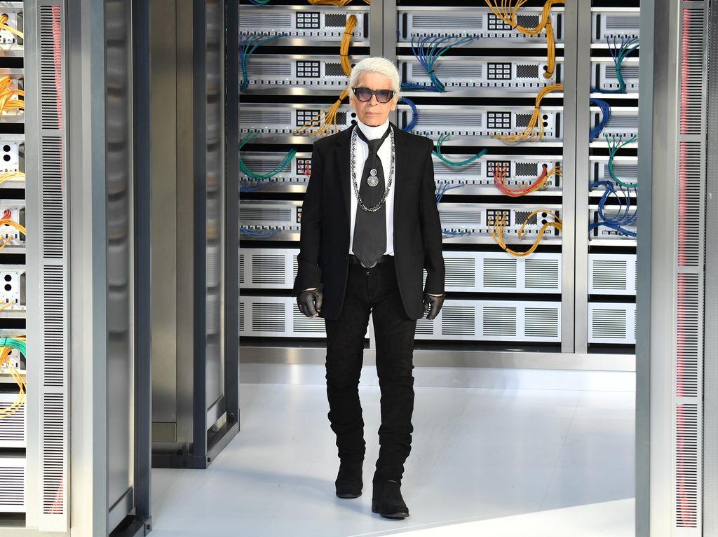 Foto: Begini Hasilnya Saat Sepatu Vans Dirancang Oleh Karl Lagerfeld