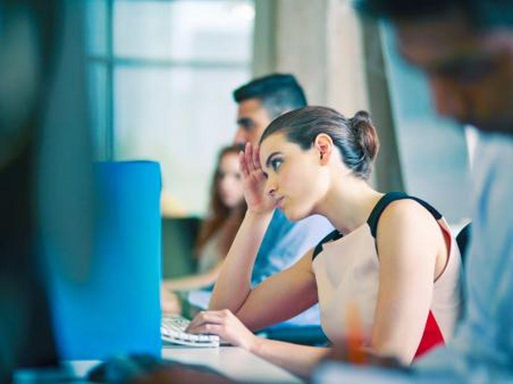 5 Tanda Kesehatan Kamu Sudah Terganggu Karena Pekerjaan