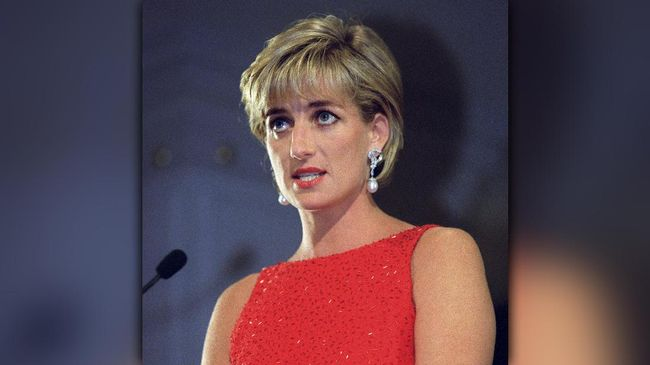 <i>Hairstylist</i> Diana Ungkap Rahasia Rambut Ikoniknya