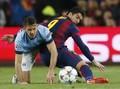 Barcelona dan ManCity Berebut Penguasaan Bola
