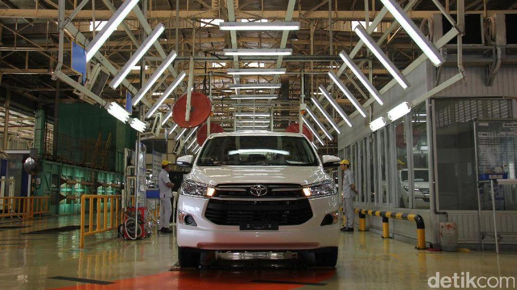 Toyota Avanza dan Innova Bakal Jadi Mobil Hybrid?