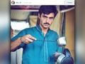 Penjual Teh Panas di Pakistan Dikontrak Jadi Model 'Panas'