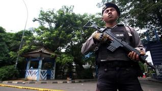 Polri Duga Pelempar Molotov ke Polsek Tak Terkait Teroris