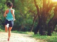 Jogging termasuk olahraga aerobik yang dapat membakar kalori juga dapat menurunkan kadar gula darah. (Foto: thinkstock)