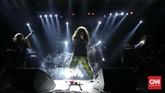 Bagi sebagian musisi, ajang festival ini menjadi bukti identitas bahwa industri musik Indonesia bisa berdiri sendiri dan tak kalah dari festival lainnya di luar negeri. (CNN Indonesia/Safir Makki)