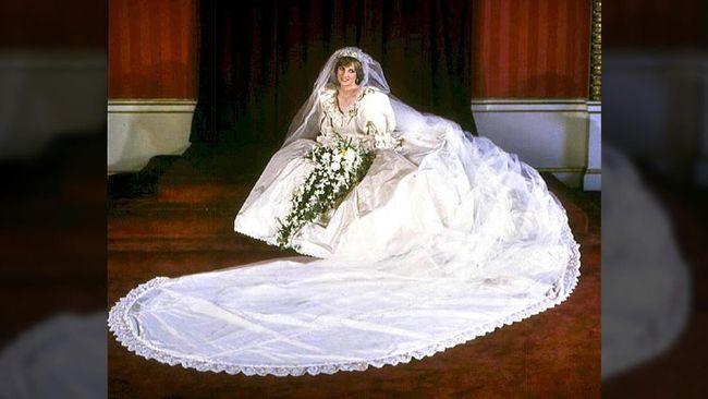 Diana Bolak Balik Butik 15 Kali Demi Gaun Pengantin Ikonik