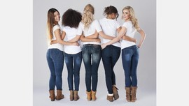 Usia Tepat Berhenti Mengenakan Jeans