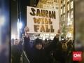 Demonstran AS: Donald Trump Seonggok Kotoran