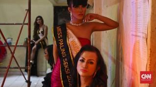 Celoteh Riang Kontestan Putri Waria Indonesia