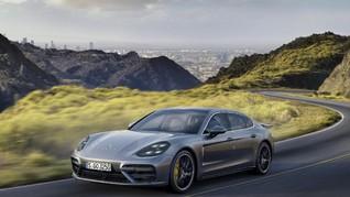 Melirik Porsche Panamera Executive di Los Angeles
