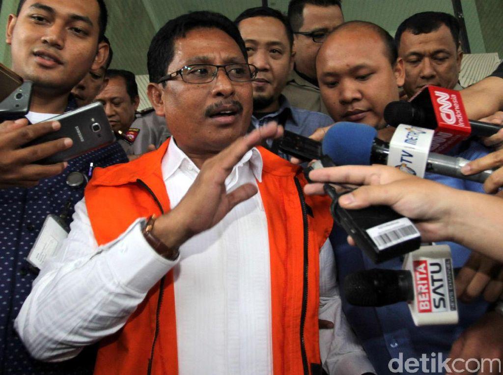 Marthen ditangkap pada Senin (14/11) malam di suatu lokasi di Tamansari, Jakarta Barat. Dia langsung menjalani pemeriksaan secara intensif.