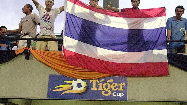 Kisah Fakhri 'Diselamatkan' Anak dari Sepak Bola Gajah
