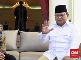 Survei Unggulkan Jokowi, Desmon: Survei Gerindra Sebaliknya