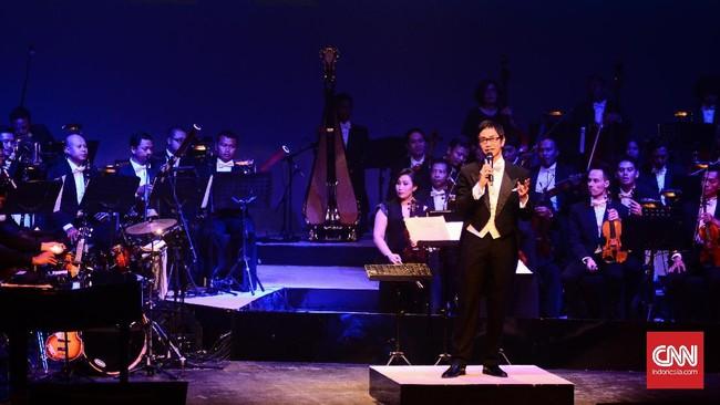 Addie mengucapkan terima kasih kepada pengunjung yang hadir. Konser ini merupakan rangkaian konser dalam rangka usia ke-25 Twilite Orchestra.