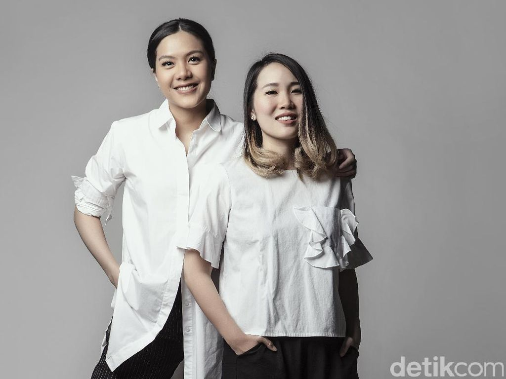 Carline dan Ria Sarwono Cotton Ink