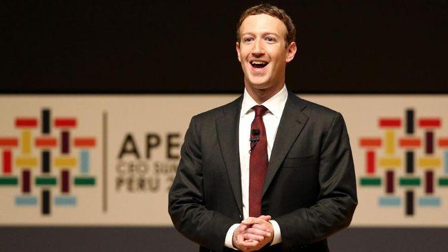 Kikuk Zuckerberg Dicecar Soal Facebook oleh Senator AS