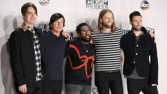 Maroon 5 Jawab Permintaan Kolaborasi dengan BTS