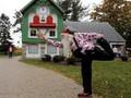 Melongok Keriuhan Sekolah Sinterklas di Michigan