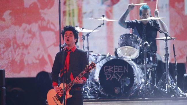 Billy Corgan Sejajarkan Billie Joe dengan Kurt Cobain