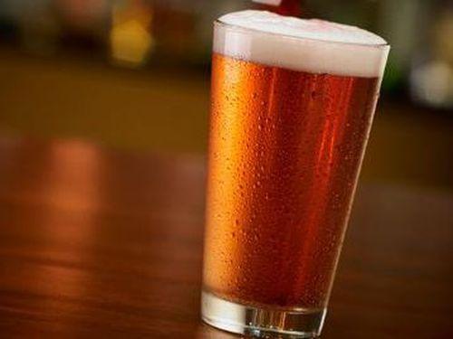 Studi Pastikan Banyak Minum Alkohol Bisa Ganggu Kemampuan Ereksi