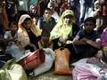 Kabur dari Myanmar, Ratusan Orang Rohingya Tiba di Bangladesh