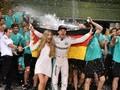 Momen Bahagia Nico Rosberg Jadi Juara Dunia