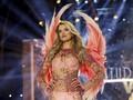 Pakaian Dalam jadi Bintang Baru di Panggung Paris