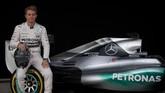 Rekan tim pertama Nico Rosberg di Mercedes adalah salah satu pebalap terbaik sepanjang sejarah, Michael Schumacher. Akan tetapi, Rosberg hampir selalu unggul dari Schumacher di tiap balapan. (AFP PHOTO / Jorge Guerrero)