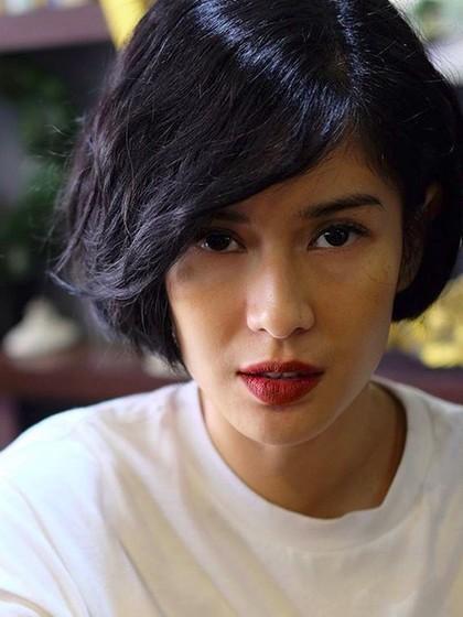 Dian Sastrowardoyo Potong Rambut Pendek, Penggemar Protes