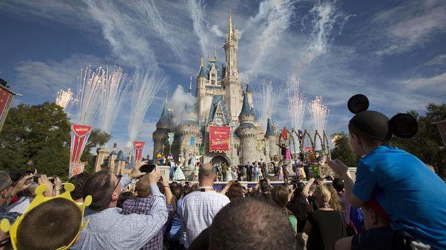 Tak Bisa Lagi Mengisap Ganja di Walt Disney World