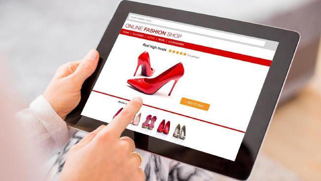 Survei e-Commerce: Konsumen Lebih Suka Belanja Imlek Online