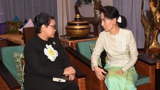 MUI Minta Menlu Retno Desak Suu Kyi Lindungi Rohingya