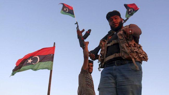 Perang Sipil Libya Buat Ribuan Warga Tripoli Mengungsi