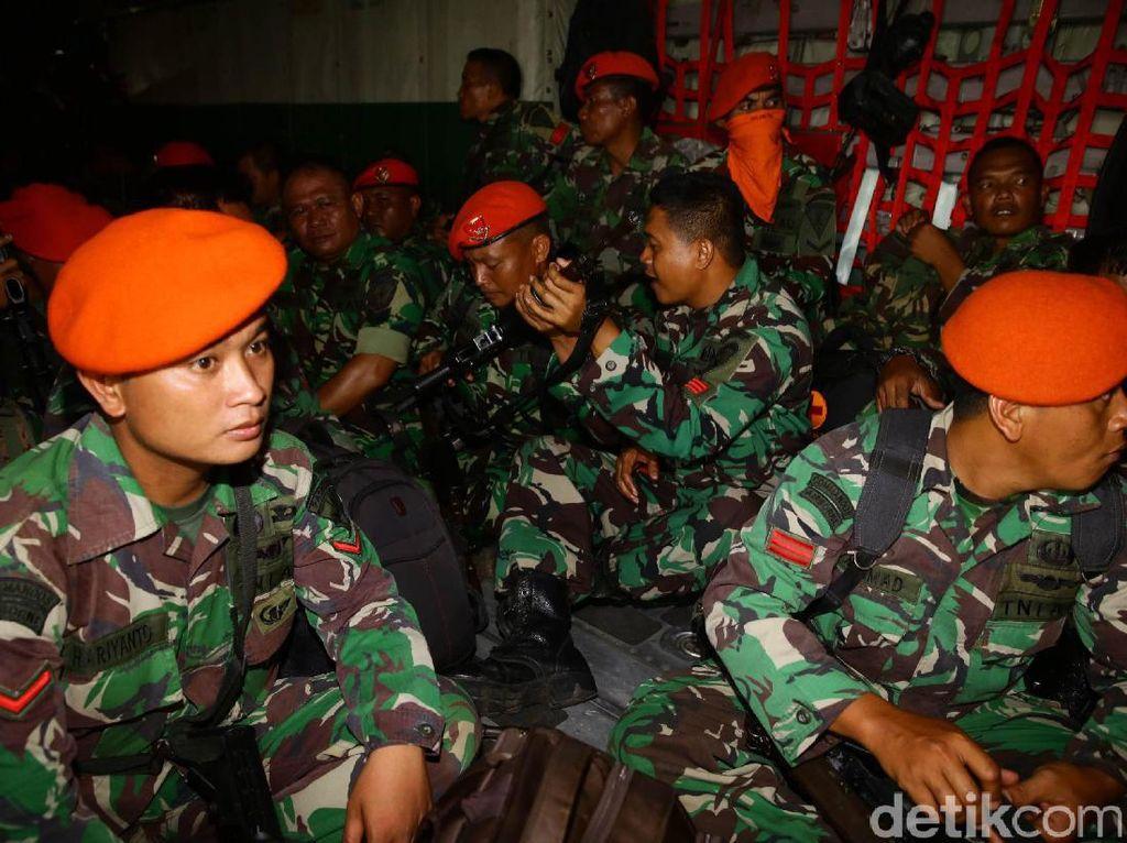 Mereka akan membantu mengevakuasi korban gempa Aceh.