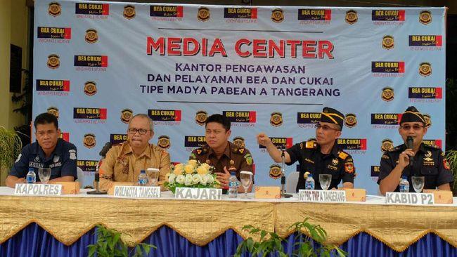 Bea Cukai Tangerang Sukses Tembus Target Penerimaan 2016