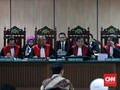 Mengawal Independensi Hakim Pengadil Ahok