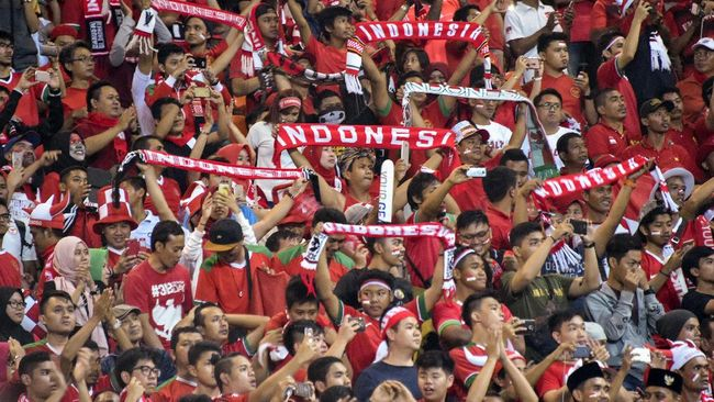 Erick Thohir Berjingkrak Sambut Kemenangan Indonesia