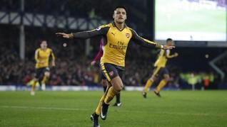 Alexis Sanchez Dapat Gaji Tertinggi di Manchester United