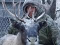 Keseharian Gembala Rusa Arktik di Musim Dingin