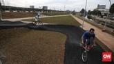 Area sepeda BMX yang menyatu dengan skate park akan menjadi lokasi baru bagi para skater dan pesepeda BMX untuk berlatih maupun berkompetisi. CNN Indonesia/Safir Makki
