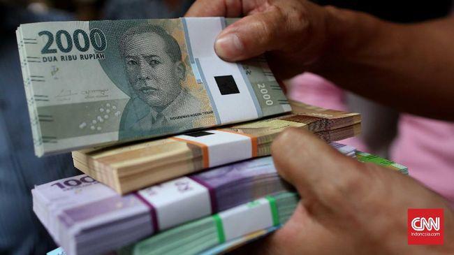 Selama Juli, Rupiah Loyo Melawan Tiga Mata Uang Asing